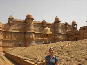 India 895